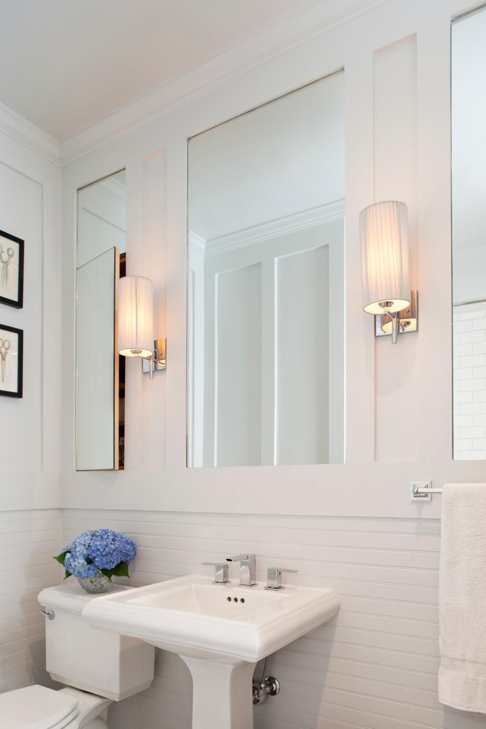 Turn beadboard on its side for a whole new bathroom look, says Ili ...