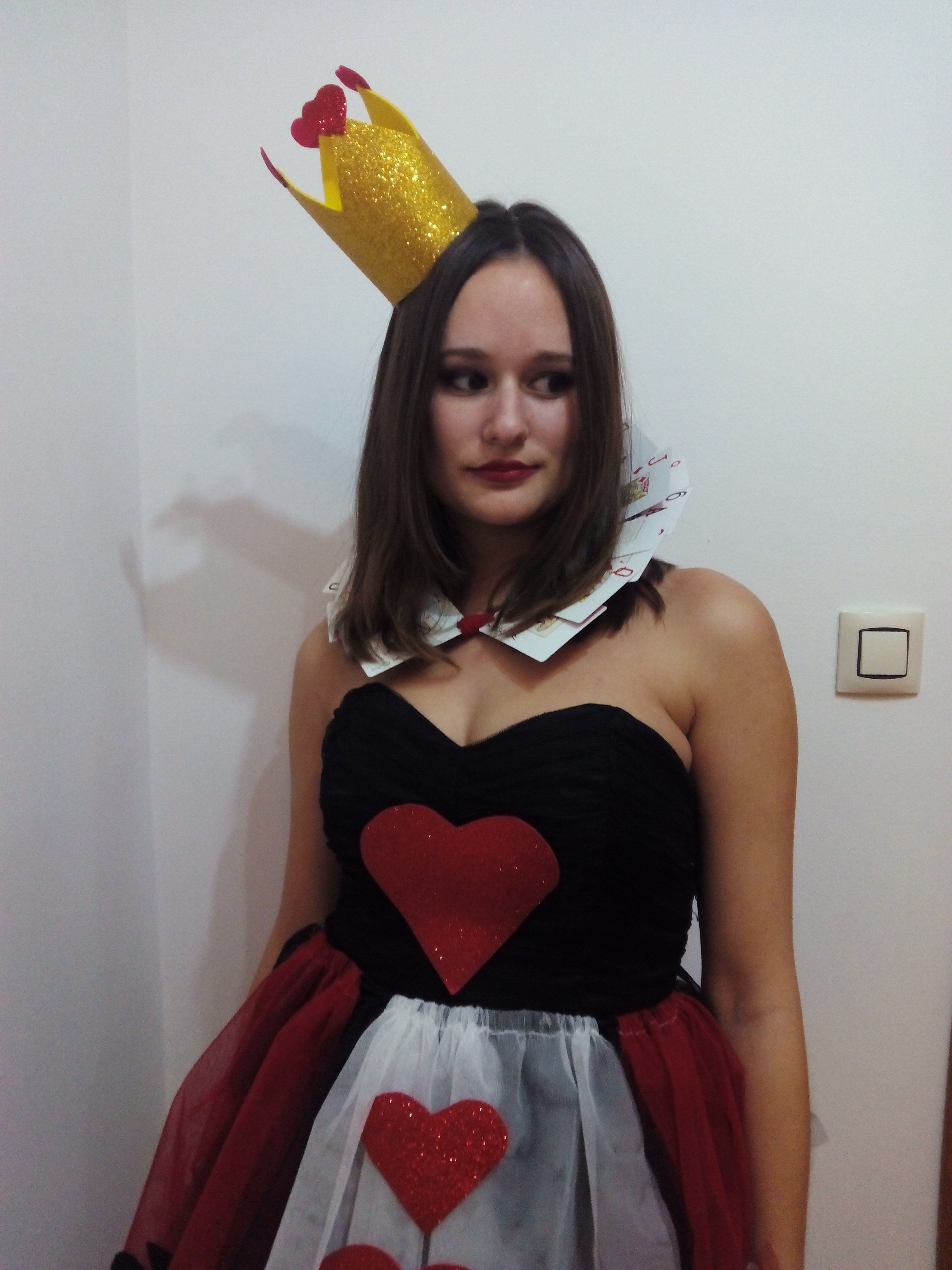 DIY disfraz reina de corazones # DIY queen of hearts costume