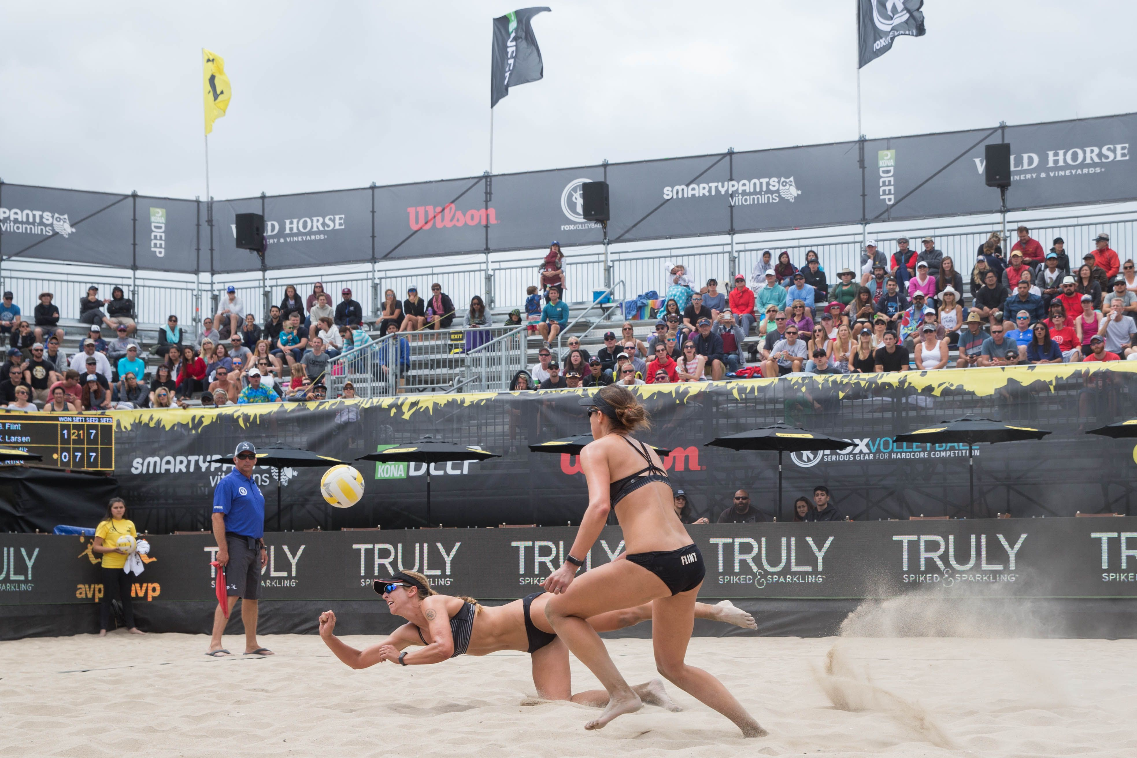 Avp Huntington Beach Open 2017 Photo Gallery Avp Beach Volleyball Beach Volleyball Avp Volleyball Huntington Beach