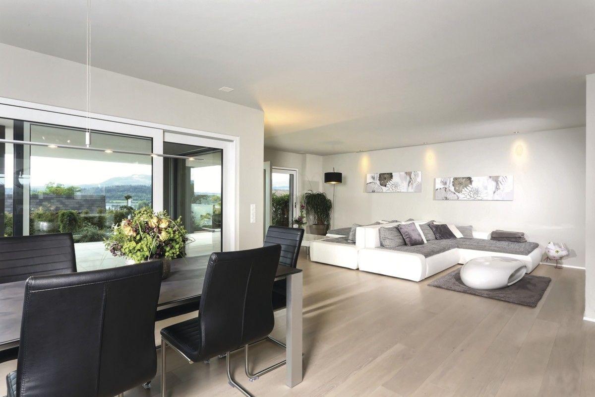 wohnzimmer mit essbereich grau wei einrichten inneneinrichtung weberhaus stadtvilla. Black Bedroom Furniture Sets. Home Design Ideas