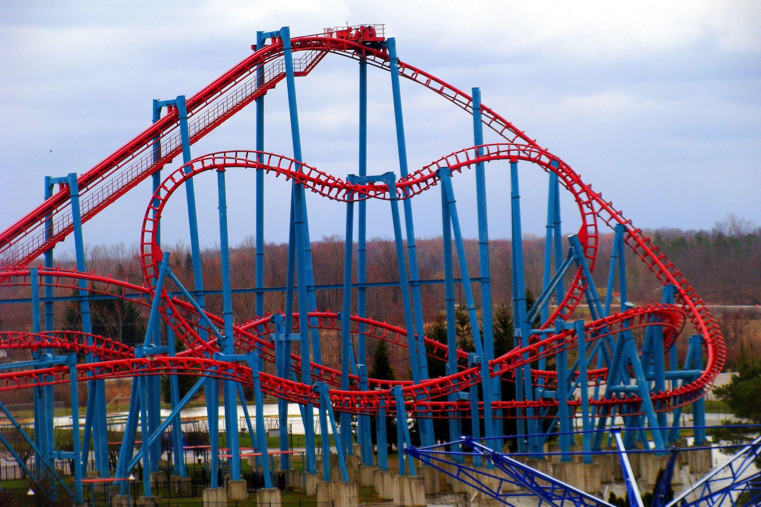 Darien Lake Theme Park Superman Or Ride Of Steel Roller Coaster Darien Lake Lake Photos Roller Coaster