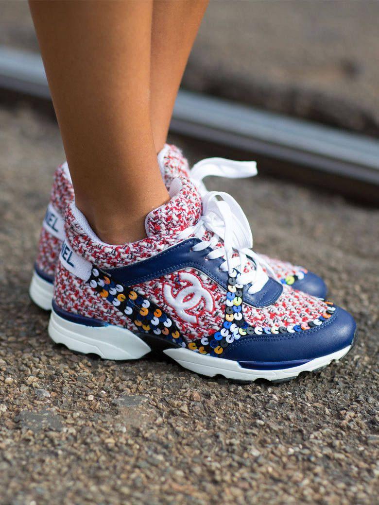 the best attitude e16b7 ba2e1 Les sneakers Chanel Plus