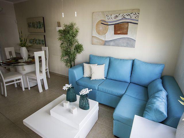 Decoraci n sala comedor azul peque a cocina y sala for Decoracion de casas pequenas minimalistas