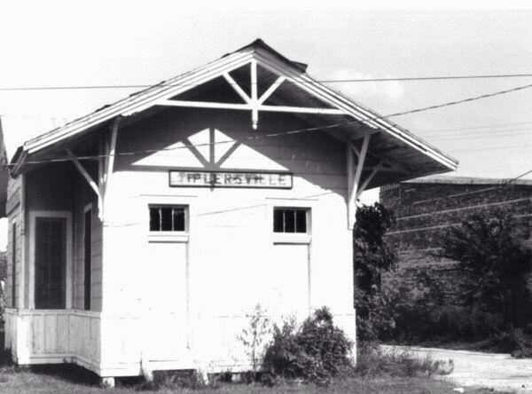 """Tiplersville, #Mississippi #Depot #1900 From """"Old ..."""