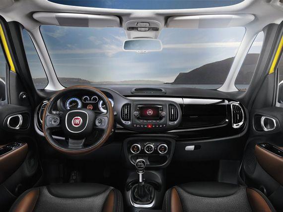 Interer Krossovera Fiat 500l Trekking 2016 Fiat 500l Trekking
