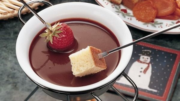 Chocolate Fondue Recipes #chocolatefonduerecipes