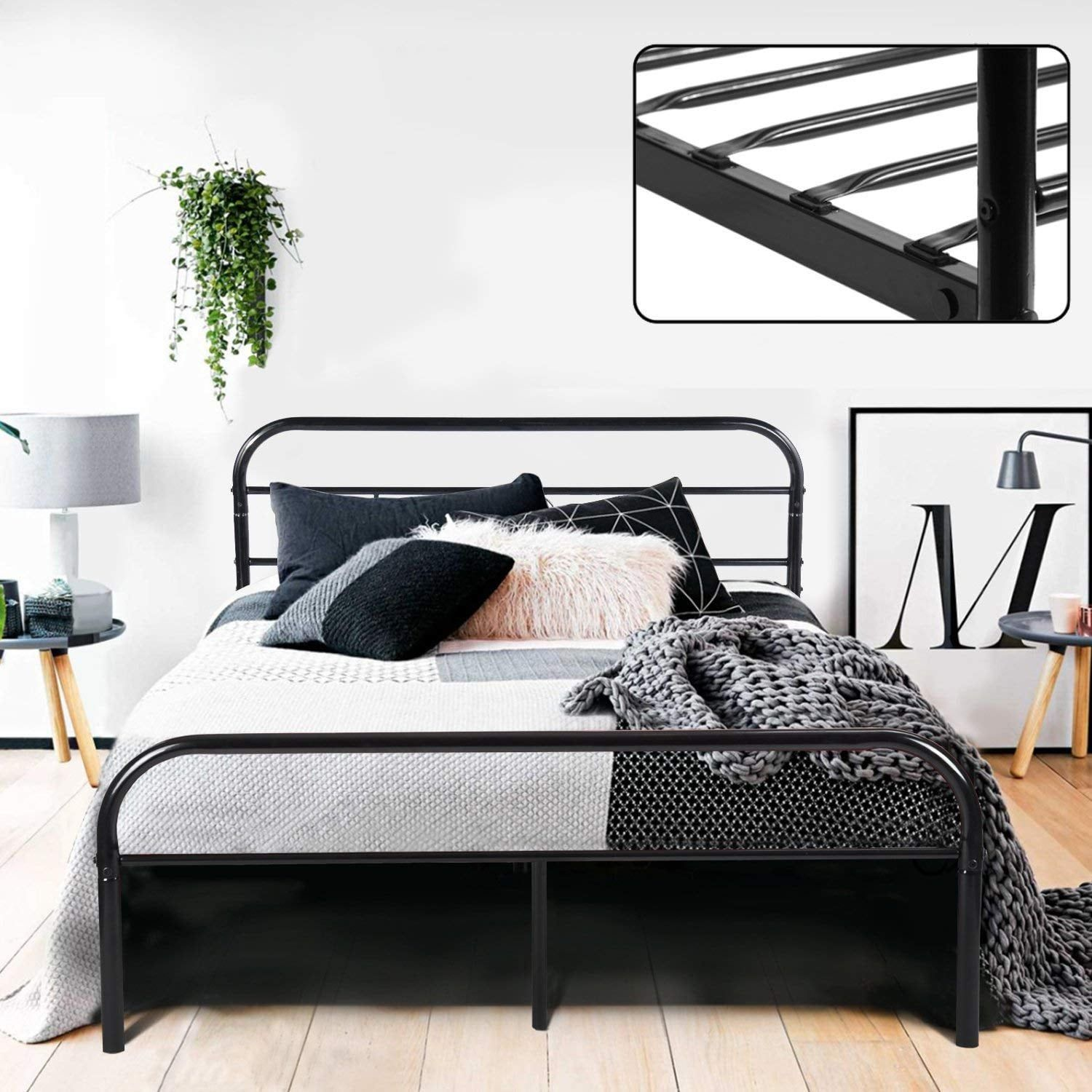 Bedding Photography First Look Ideas