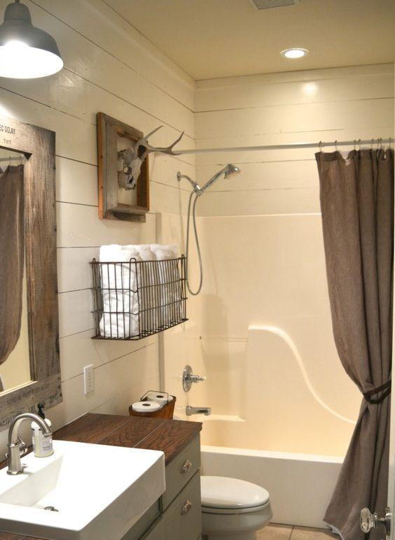 Comment am nager une salle de bain dans le sous sol id e - Comment repeindre une salle de bain ...