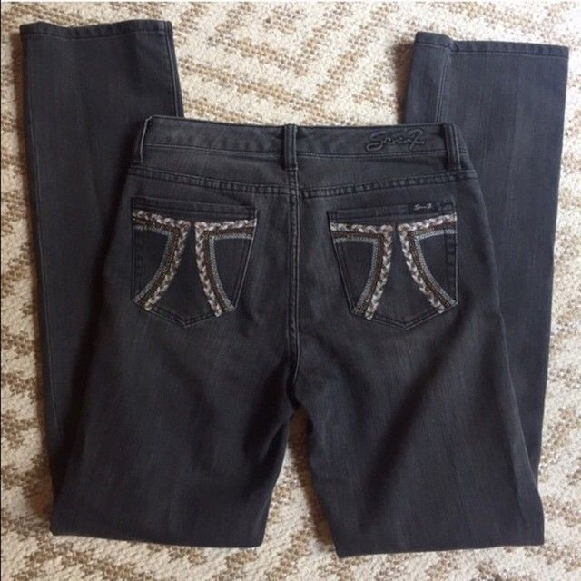 $18! Seven7 Gray Straight Leg Jeans Size 6 in my @poshmark closet! My username is: jenanderson83. #shopmycloset #poshmark #fashion #shopping #style #instastyle #instafashion #igstyle #igfashion #forsale #seven7 #denim #stylegram #summer #boutique #wiw #wiwt #ootd #like #love #cute