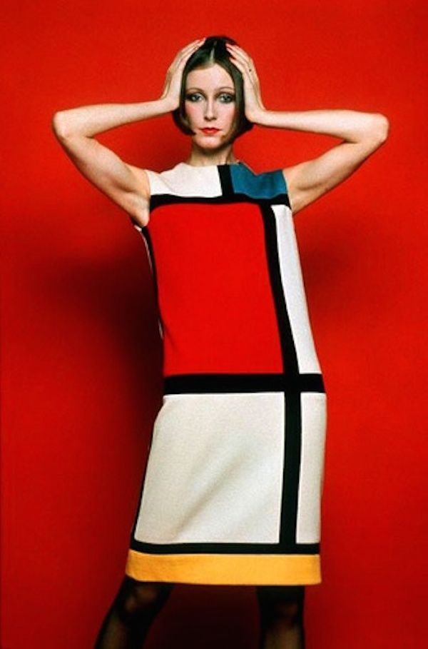 Yves Saint Laurent , robe Mondrian , Automne/Hivers 1965Jersey de laine  blanc, rouge et noir.