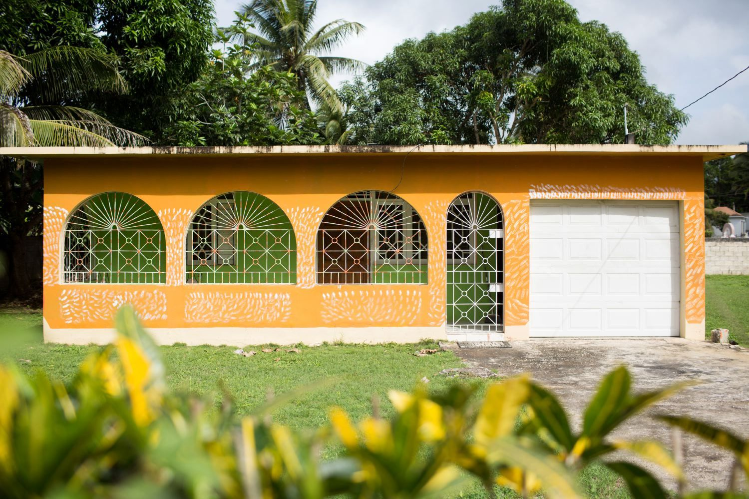 Colors Of Jamaica Photo Diary Part Ii You Ve Got Flair Exterior House Colors Caribbean Luxury Luxury Homes Dream Houses