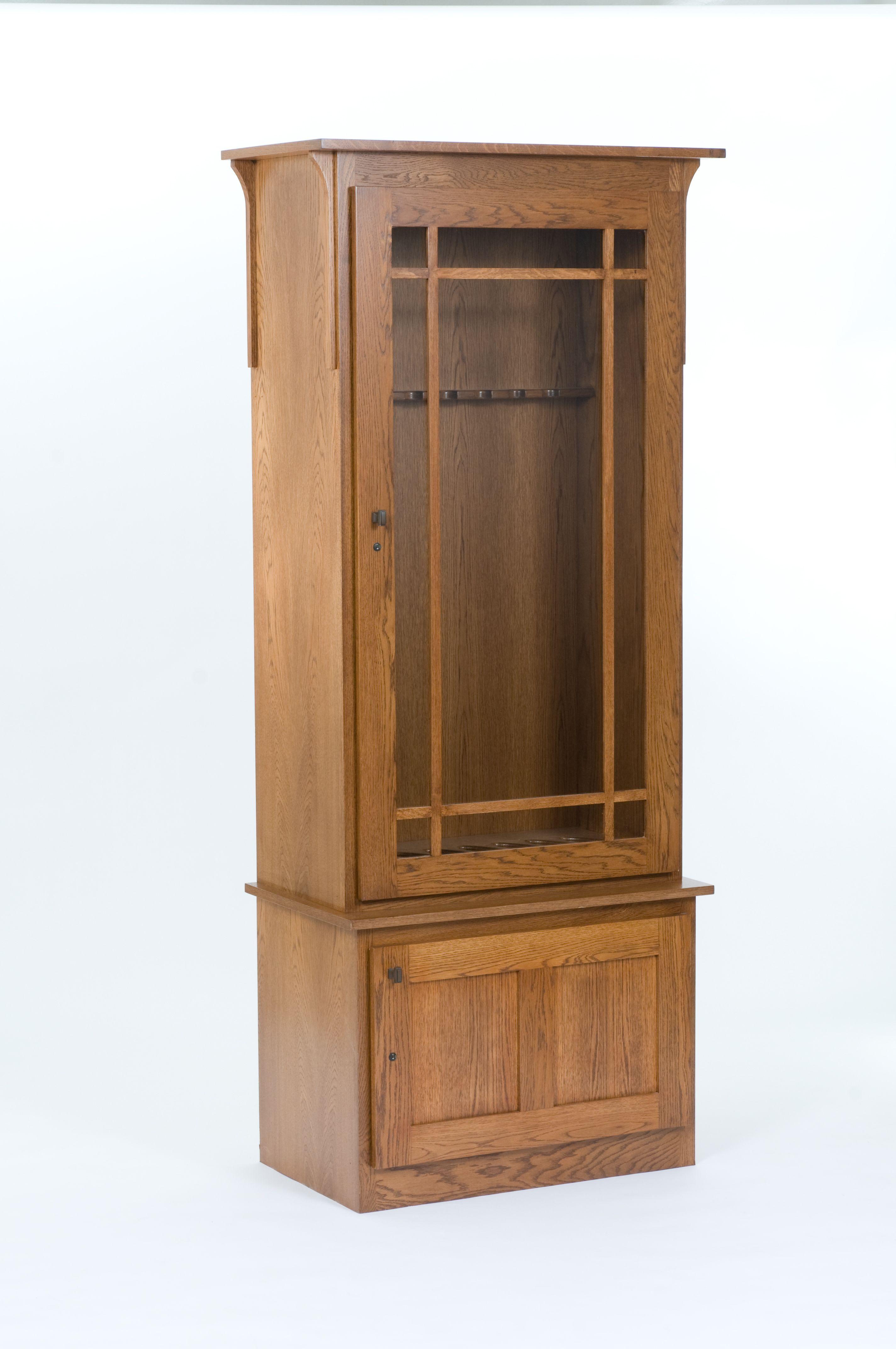 Prairie Style Glass Door On This Oak Gun Cabinet Gun Cabinets