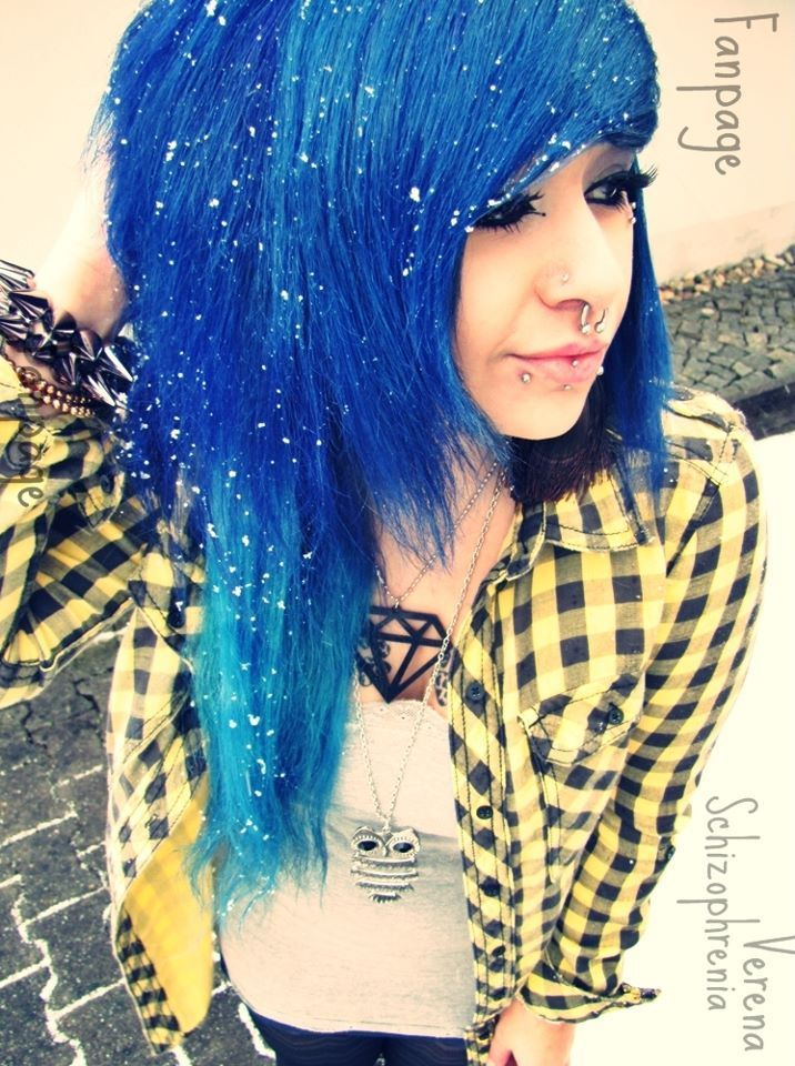 Verena Schizophrenia Blue Dyed Hair Pretty With Images