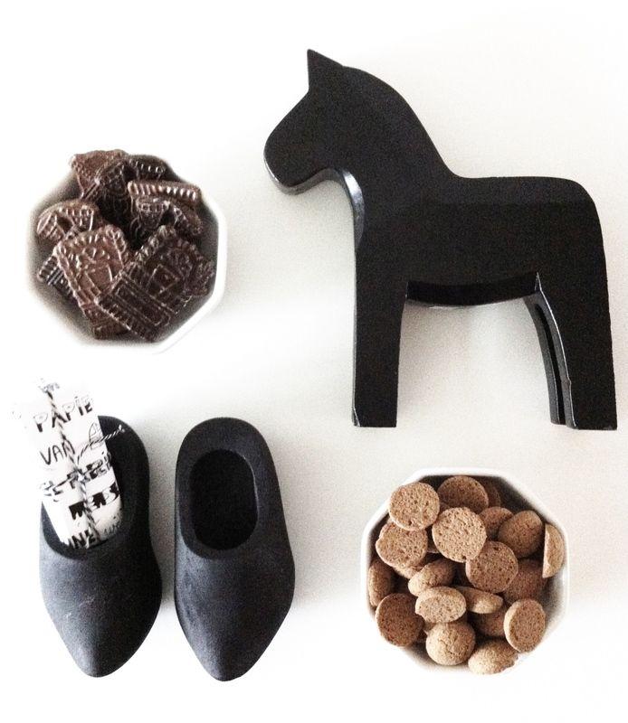 Dala paard zwart LAATSTE