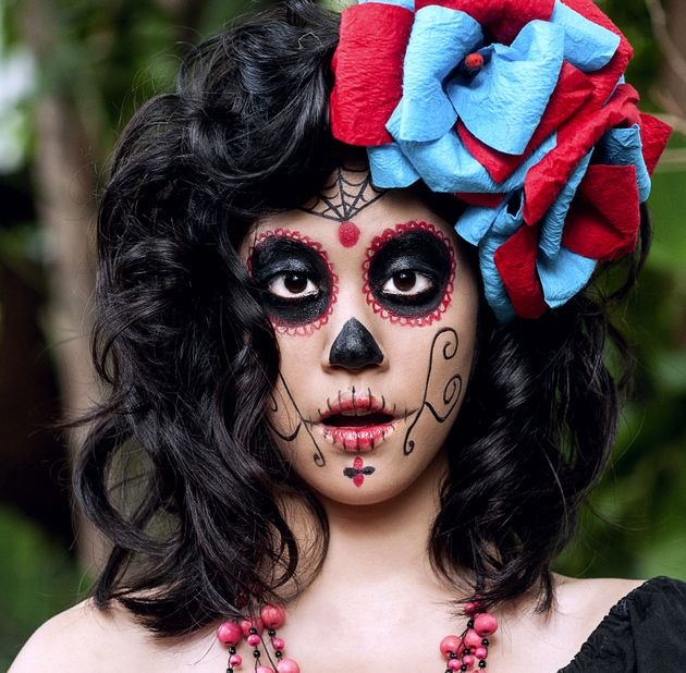 Simple Sugar Skull Makeup For Halloween | Mexican mask | Pinterest ...