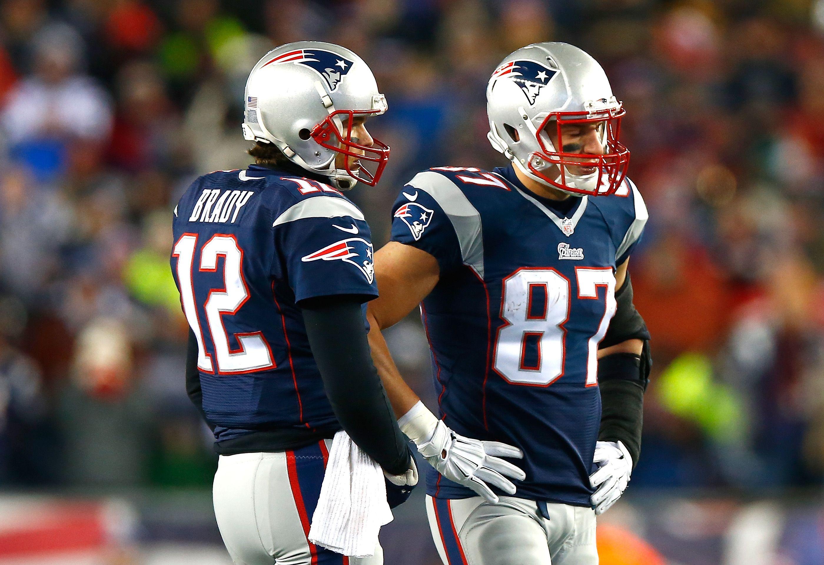 Super Bowl 49 Key Matchup Tom Brady Takes On Legion Of Boom Gronkowski Tom Brady Rob Gronkowski