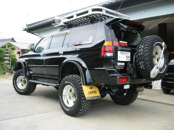 hokoron 2000 mitsubishi montero sport 2011265 - Mitsubishi Montero 2003 Lifted