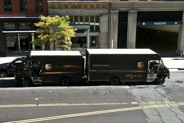 Ups Trucks Back To Back Heavy Duty Trucks Trucks Sprinter Van