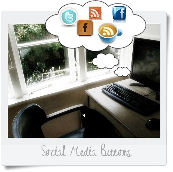 Blog Tips: Make your own social media buttons (assorted designs) - easy to use code, works every time