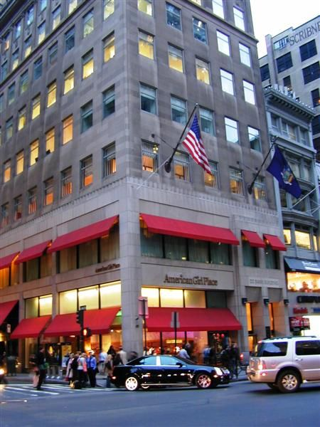 American Girl Store In New York Loved Going Here When I Was Younger With My Cousins