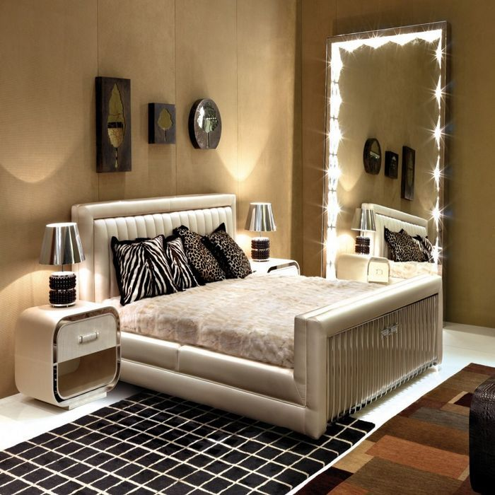 Expensive Glamour Italian Bedroom Of White Color
