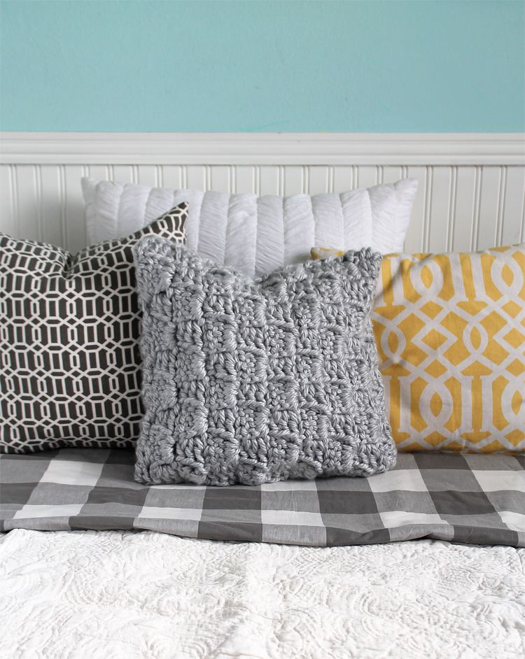 A free crochet pattern for a textured modern trendy crochet throw a free crochet pattern for a textured modern trendy crochet throw pillow with a dt1010fo
