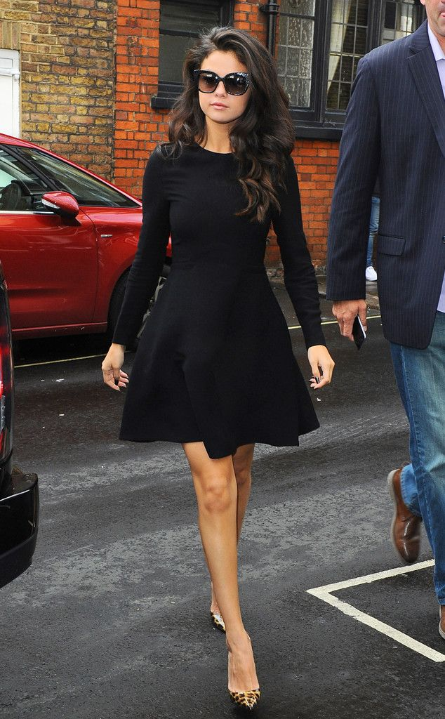 Walk It Out from Selena Gomez's Street Style | E! Online