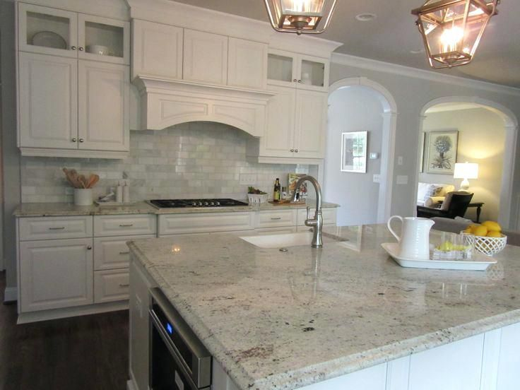 backsplash ideas for kitchens with granite countertops and white rh pinterest com Kitchen Backsplash Ideas with Black Granite Countertops Black Kitchen Backsplashes with Granite Countertops