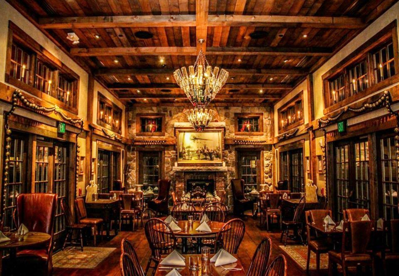 The 10 Most Beautiful Restaurants In All Of Massachusetts
