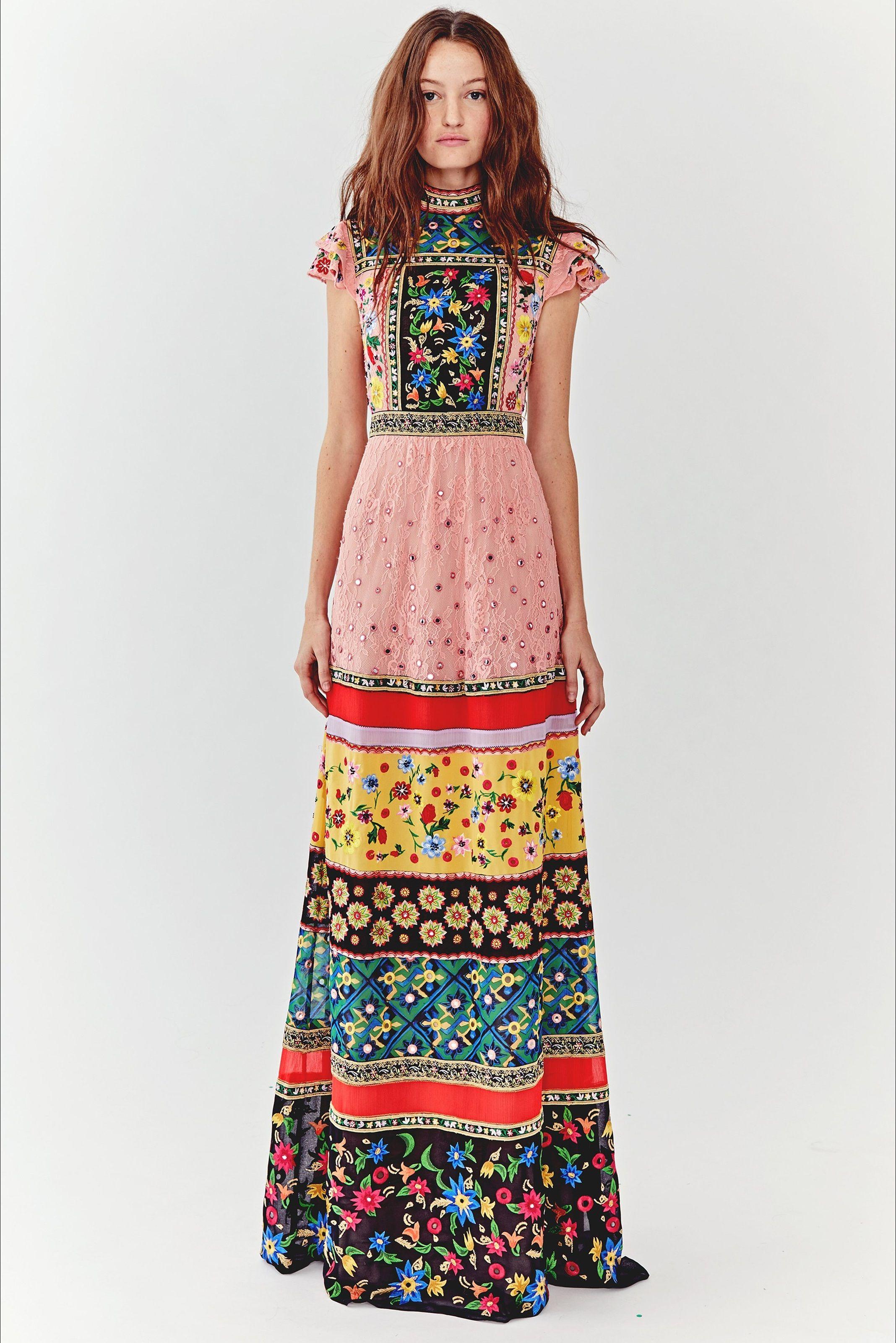 d1d82d493596 In lungo con  fiori multicolori by Alice + Olivia  estate  idee  collezioni