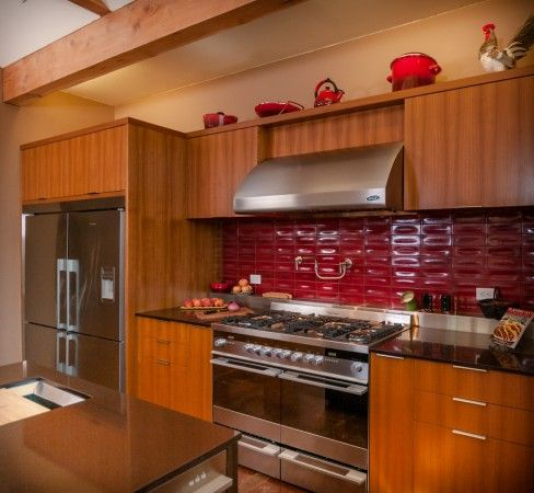 Tile Gives This Kitchen With Flat Front Teak Veneers On Bamboo