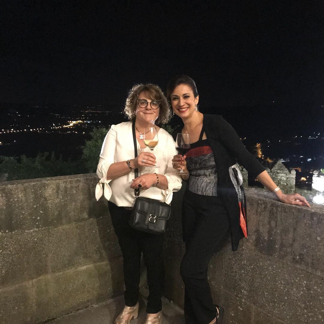#25 años D.O.Monterrei #de celebración #Castillo de Monterrei #con Sílvia jato #impresionsnte persona #encantadora #presentadora #evento de vinos #bodeguerosdeVerin #viticulyoresdeVerin #viños #amor por el vino #bodegas #viños #wines #winery #Verin #Galicia #GaliciaCalidade #Gsliciaunica #terroir #tierras #winewine #pasion por el vino #