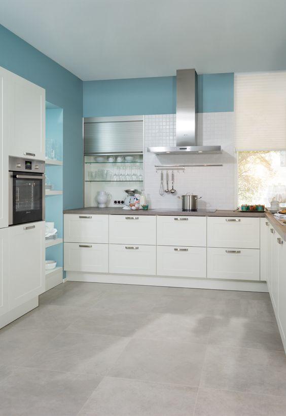 moderen helle Küche, maritimer Style Küchen