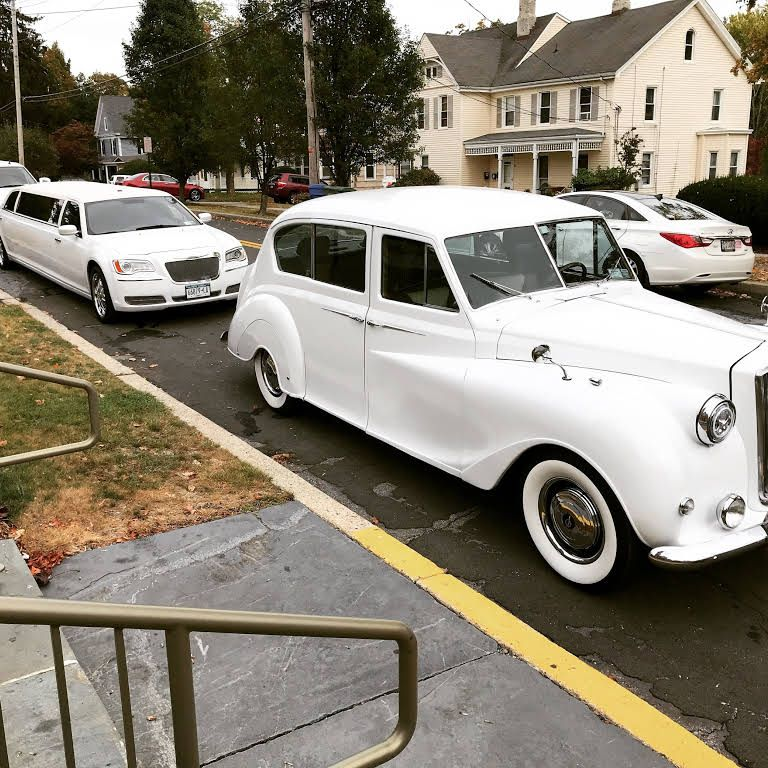 A Platinum Limousine NY Limousine Service in New Windsor