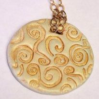 Simple Medallion in Polymer Clay Tutorial