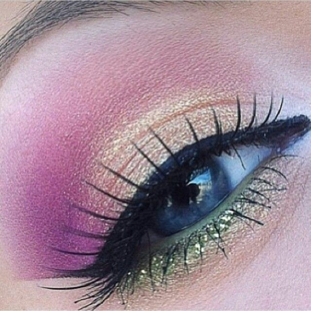 Pin By Sos Q8 On مكياج Eye Make Up Beautiful Eye Makeup Makeup Ojos