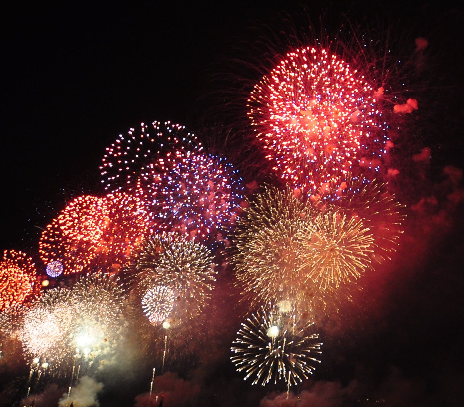 cannon fired fireworks | Hoboken Photos of the Day - Fireworks highlights