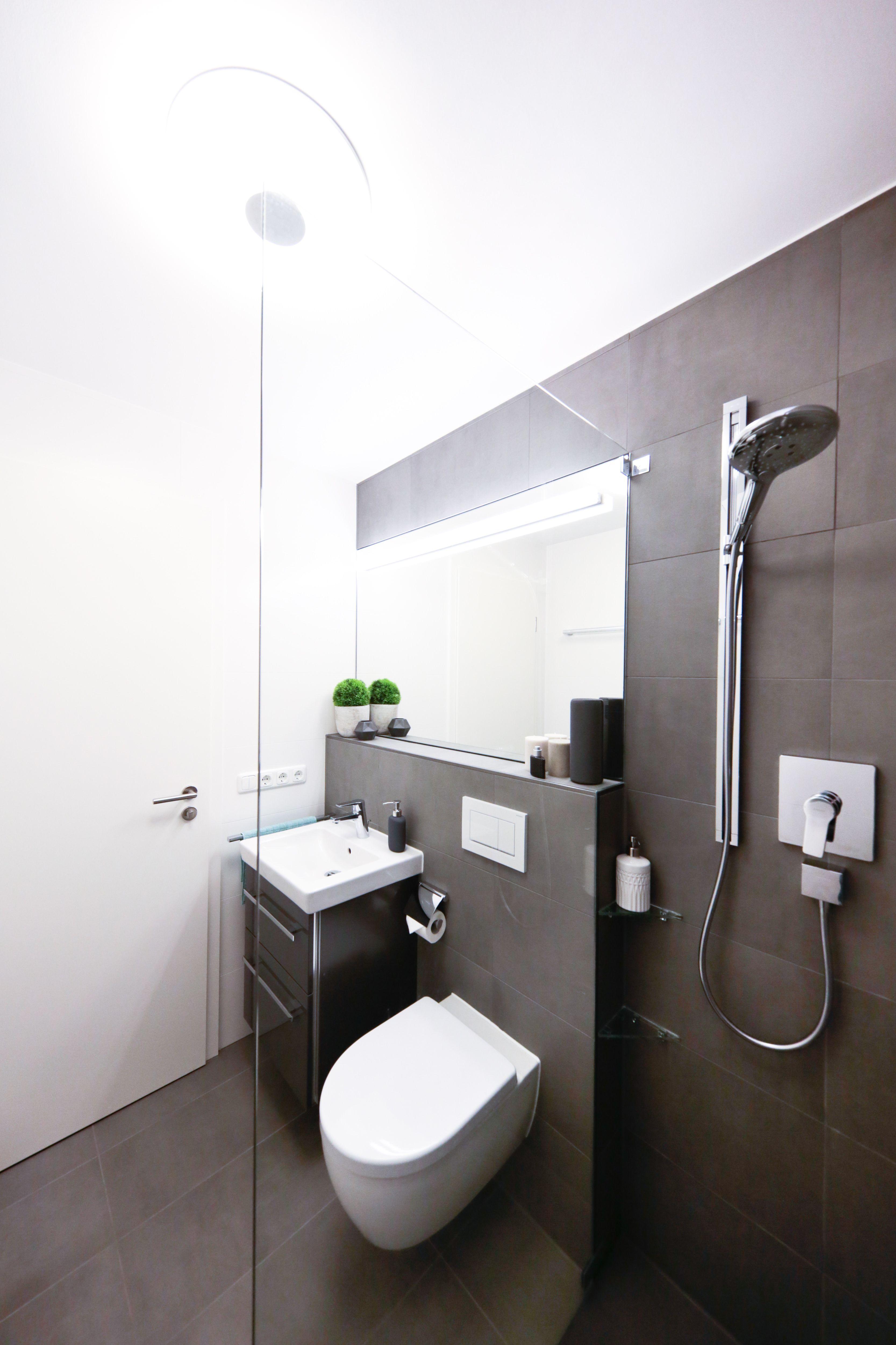 Modernisierung Eines Duschbads Banovo Badsanierung Badrenovierung Duschbad Modernisierung Walkindusche Anthr Badezimmer Badsanierung Modernes Badezimmer