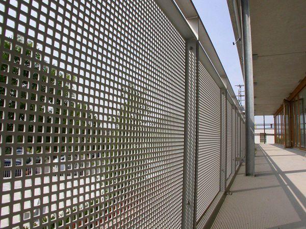 LOCHBLECHFASSADE Lochblech, Balkonverkleidung und Balkon
