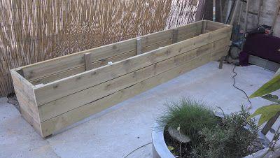 fabrication de jardini res en bois sur mesure terrasse pots containers jardini re en bois. Black Bedroom Furniture Sets. Home Design Ideas