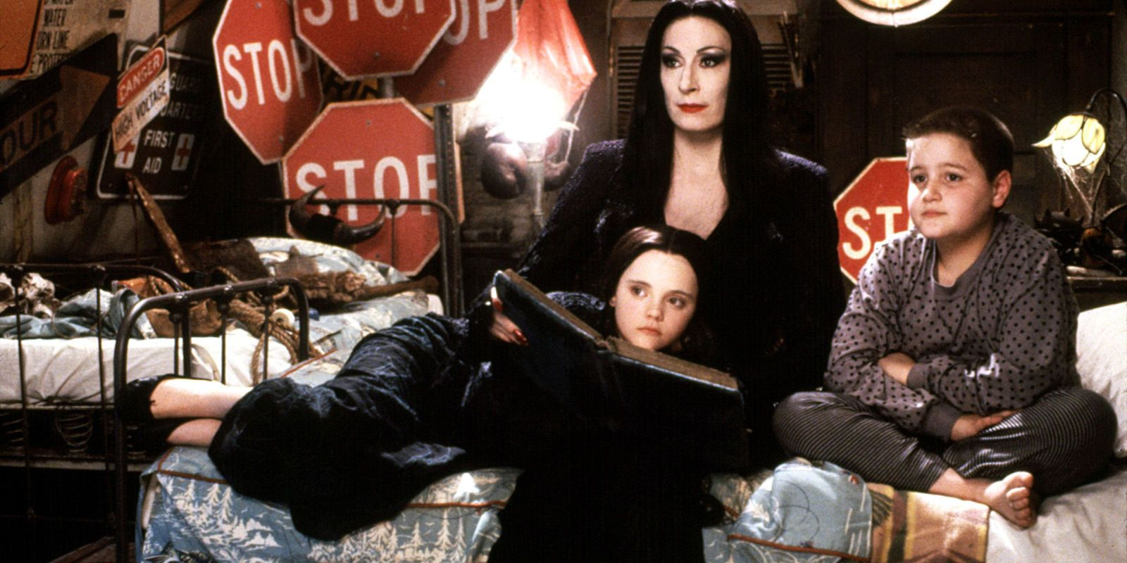 28 Halloween Movies You Can Watch on Netflix Right Now