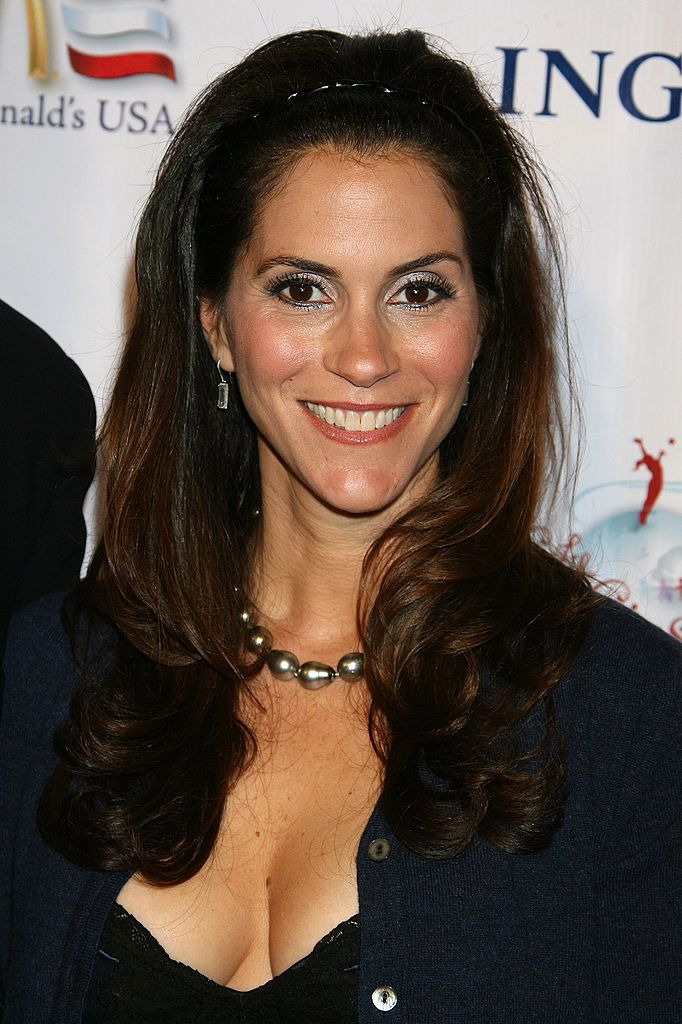 Jami gertz thong — photo 2