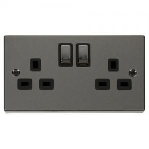 Click S Deco Range Features An Assortment Of Stunning Finishes Like The Black Nickle On This Switched Socket Vpbn536bk Sockets Nickel Deco Accessories