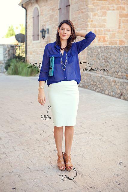 21643005d6e Saia branca + blusa azul royal + sandália nude ou espadrilha