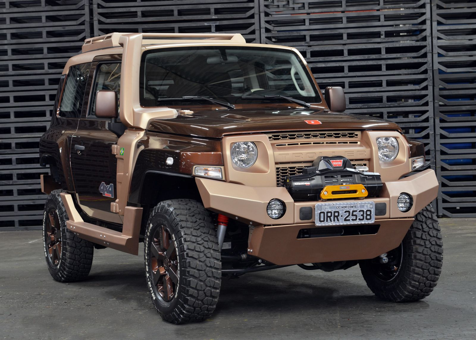 Troller Unveils Two T4 Based Concepts At The Sao Paulo Auto Show