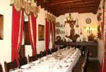 Restaurante Almudaina.En plena juderia,con un patio de casa noble,muy buena comida