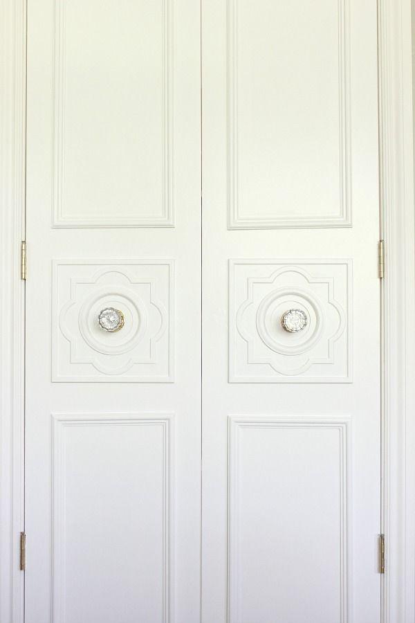 Dimples and Tangles DIY CUSTOM DOOR MOULDING USING A CEILING MEDALLION & DIY CUSTOM DOOR MOULDING USING A CEILING MEDALLION | Pinterest ...