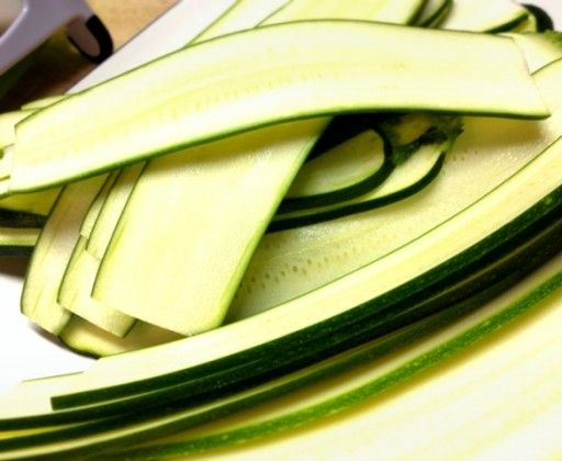zucchini noodles 512x420 Zucchini Lasagna
