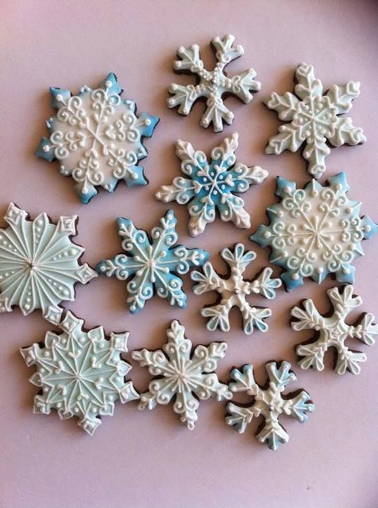 Gorgeous Snowflake Christmas Cookies Cookies For Winter In 2019