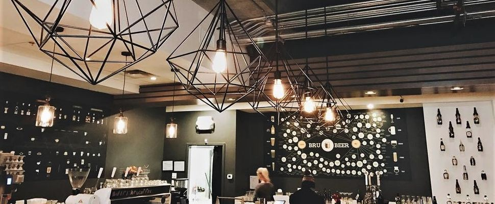 13 Aesthetically Pleasing Edmonton Cafes You Need To Study At Featured Image Edmonton Restaurants Cool Cafe Alberta Travel
